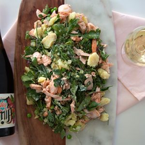 This recipe is a really tasty and flavoursome combo of delicate smoked fish, buttery potatoes, fresh herbs and creamy lemon dressing - perfect for a cruisy weekend lunch with a bottle of Chardonnay. #wine #vinomofo #salmon #food #recipe #salad #summer