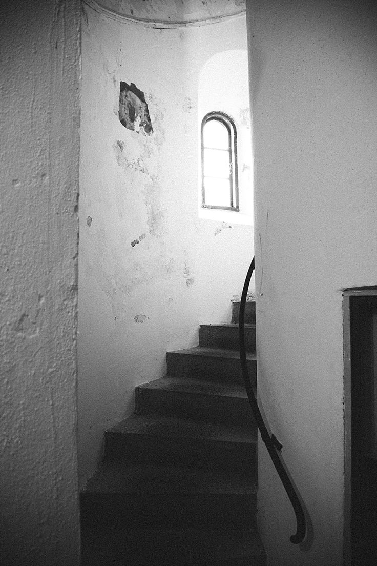 winding stairs leading up to the ceremony spot at the very top of the lighthouse. destination weddings europe www.getmarriedindenmark.com