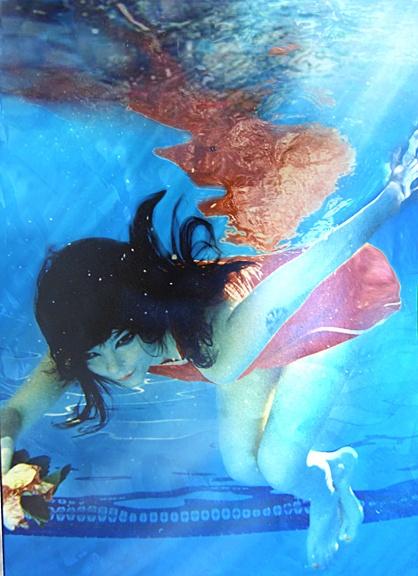 bjork and the underwater flower