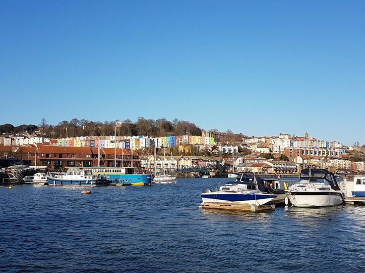 Bristol Harbour  #sunnyday #bristol #bristolharbour #uk #harbour #landscape #exploringbristol #boat