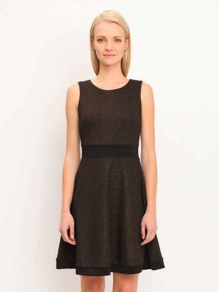 Γυναικείο αμάνικο φόρεμα.  Σύνθεση: 100% Πολυεστέρας. Χρώμα: Μαύρο.