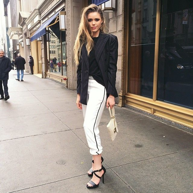 """""""Wearing a total @ralphlauren look to attend the breakfast at the Ralph Coffee in their store on the 5th avenue! It's a little cold but worth wearing these killer heels #poloralphlauren #polo #ralphscoffee #thepolobar"""" Photo taken by @kristina_bazan on Instagram, pinned via the InstaPin iOS App! http://www.instapinapp.com (02/12/2015)"""