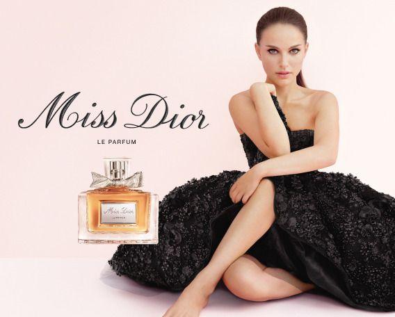 MISS DIOR BY DIOR Regalare alla donna una nuova eleganza: questo era il sogno di Christian Dior.