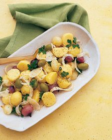 With their buttery flavor and texture, Yukon Golds create a rich, full-bodied backdrop for ribbons of anise-scented fennel, sweet cipollini onions, and olives.