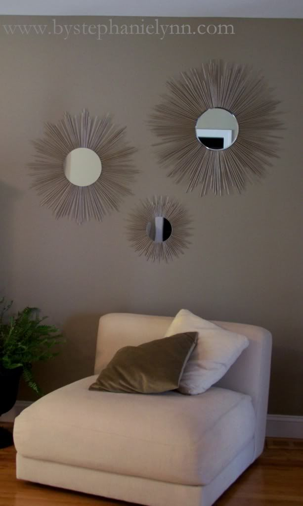 If you've ever taken note of how expensive mirrors are, you're gonna want to check this out!    Starburst mirrors are a gorgeous way to add drama and light to a room! This is an easy way (that even this not crafty chick could handle) to pull of this trendy decorating idea on the cheap!