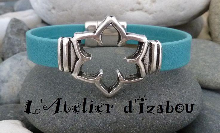 Bracelet femme Fleur en cuir mat bleu turquoise et fermoir aimanté : Bracelet par l-atelier-d-izabou