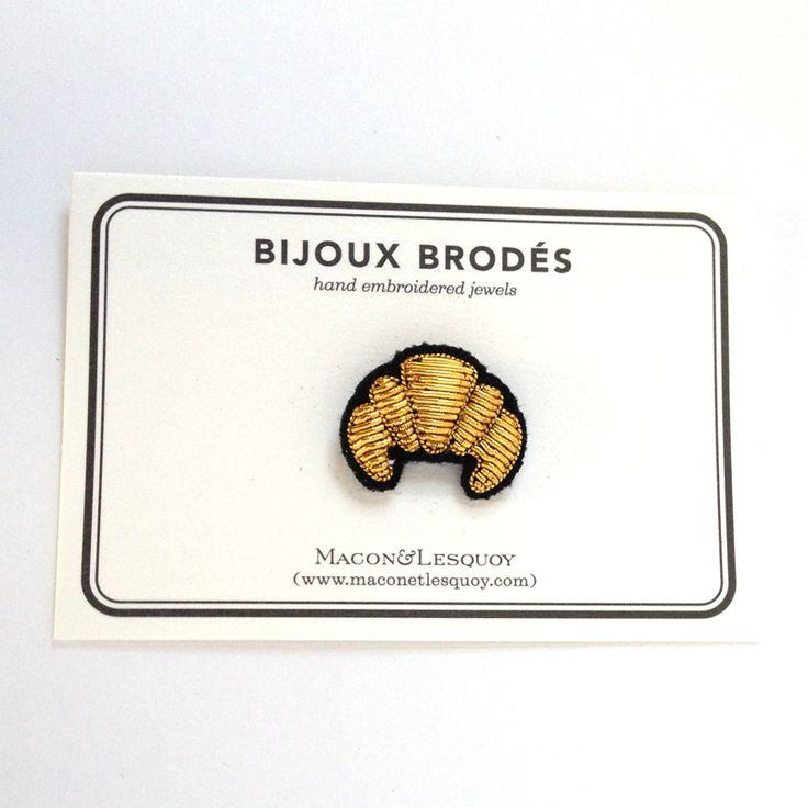 MACON ET LESQUOY GOLD CROISSANT BROOCH