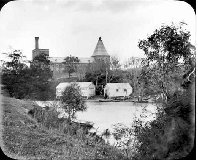 PH 9094. Photograph of the Yarra at the Twickenham Ferry crossing. The ferry boat sheds may be seen on the Richmond side, with large malthouse behind.