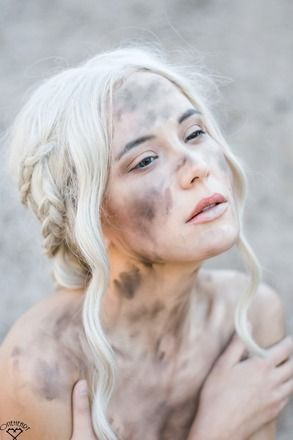 Daenerys Wig - Lace Front (From WigIsFashion)