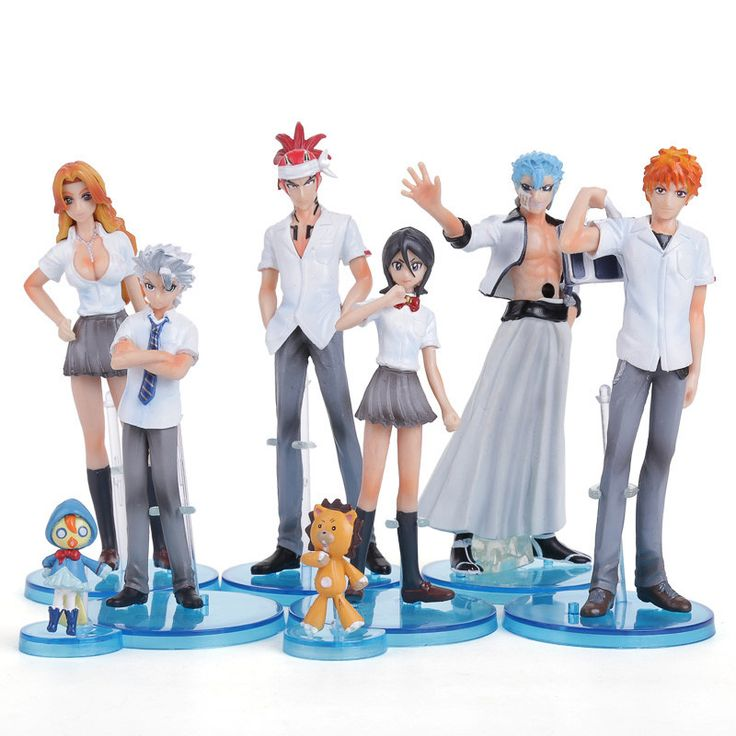 This 8 piece set of Bleach figures comprises of Ichigo, Rukia, Renji, Hitsugaya, Matsumoto, Grimmjow, Kon and Ririn. All dolled up in school uniforms, these figures are a great addition to any collect
