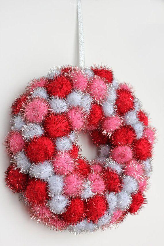 Valentine's Day Wreath Red Pink Silver Pom Pom: Christmas Pompoms, Pompom Wreath Diy, Pom Pom Wreath, Diy Pompom Wreath, Pompom Wreaths, Diy Valentines Day Decorations, Christmas Pompom Wreath, Wreath Valentinesday, Diy Valentines Decor
