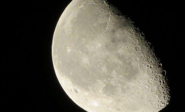 EE.UU. autoriza la primera misión a la Luna de una compañía privada