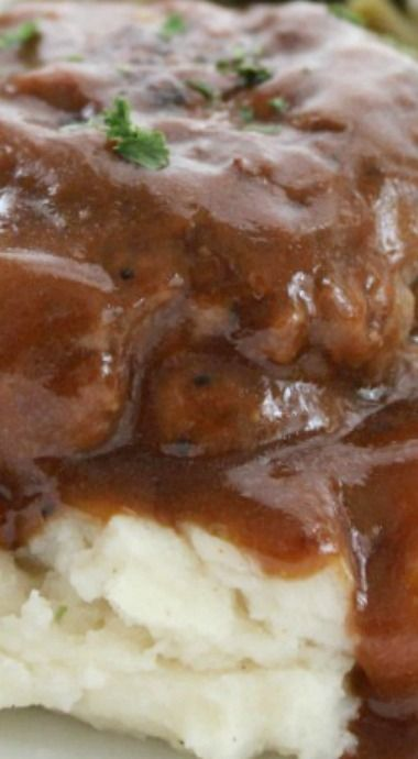 Simple Salisbury Steak ~ An easy meal idea that is inexpensive and tasty.