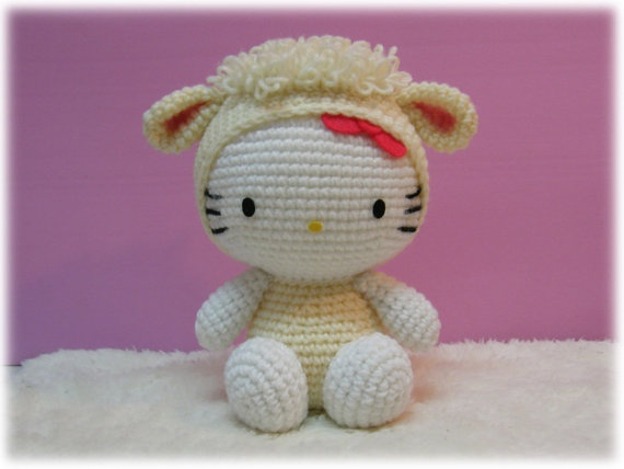 Amigurumi Hello Kitty in Chinese Zodiac Cosplay : Sheep