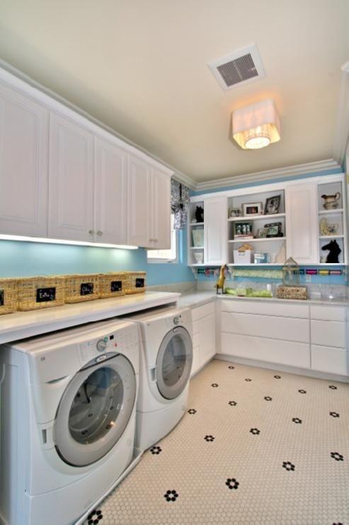 Craft/laundry room. God, I would be so productive.