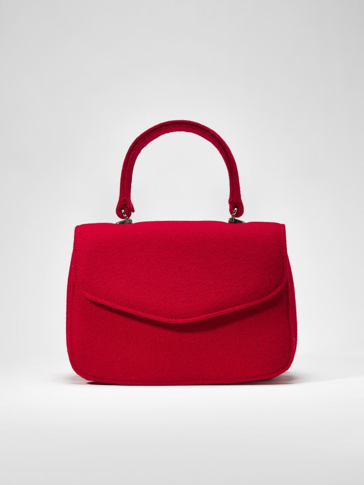 Burel classy handbag.  Timeless fashion and the perfect accessory.