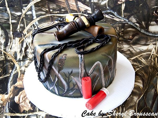 duck hunting grooms cake (or bride's cake ;-) haha) -Stephanie! ! I can see this happening at your wedding!