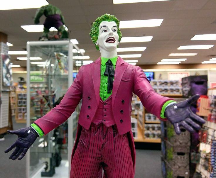 Cesar Romero Joker statue!