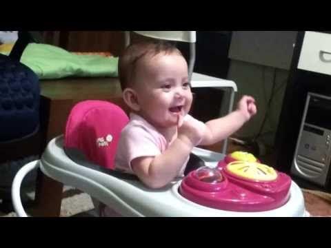 Sneezing makes me laugh hilarious - YouTube