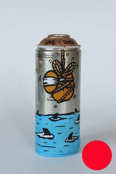 JACE   Sans titre    -     2012   Acrylique sur bombe aérosol   20 cm   Oeuvre vendue dans une boire cylindrique en plexiglas   VENDUE