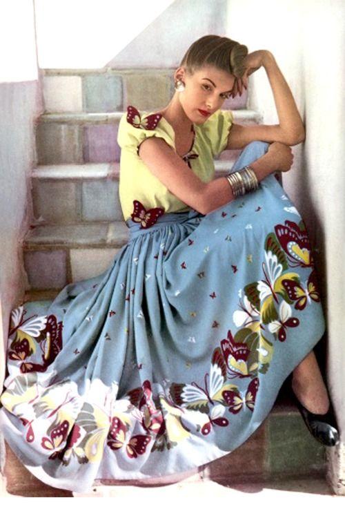 this vintage photo by Louise Dahl-Wolf c. 1942 is pretty bomb: Louis Dahl Wolf, Fashion Skirts, Butterflies, Vintage Fashion, Circles Skirts, Vintage Vogue, 40S Fashion, Harper Bazaars, Jan 1942