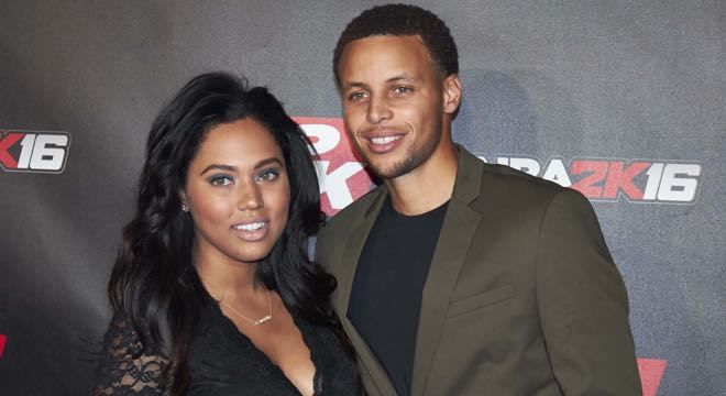 """Black #Cosmopolitan Ayesha Curry Expecting Baby Number 3   #Aisha, #AsianCuisine, #AyeshaCurry, #Cuisine, #Curry, #FoodAndDrink, #YouthInternationalParty          Congrats are in order for the Currys! Chef extraordinaire and mamaAyesha Curry took to Instagram to reveal she and her husband, Steph Curry are expecting baby number 3. The Cover Girl donned a 'Preggers' tee in the new photo, captioned, """"Heyyyy how did this happen?! . Curry party of 5. Fe...   Read mor"""