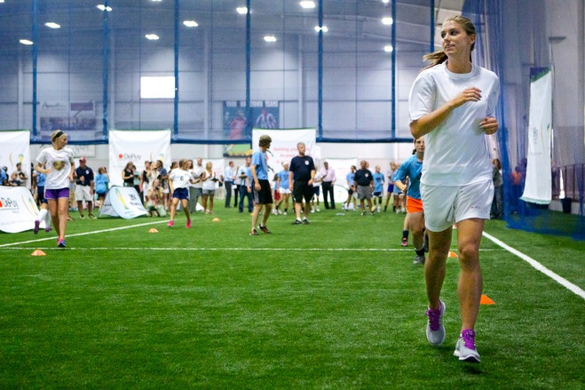 Alex Morgan at an injury prevention clinic in Rochester, N.Y., in August. (Joe Phillipson/The Wall Street Journal)