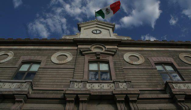 Porfirio Díaz mandó construir edificios para mostrar que México entraba a la modernidad y esos inmuebles todavía son espacios emblemáticos en la ciudad.
