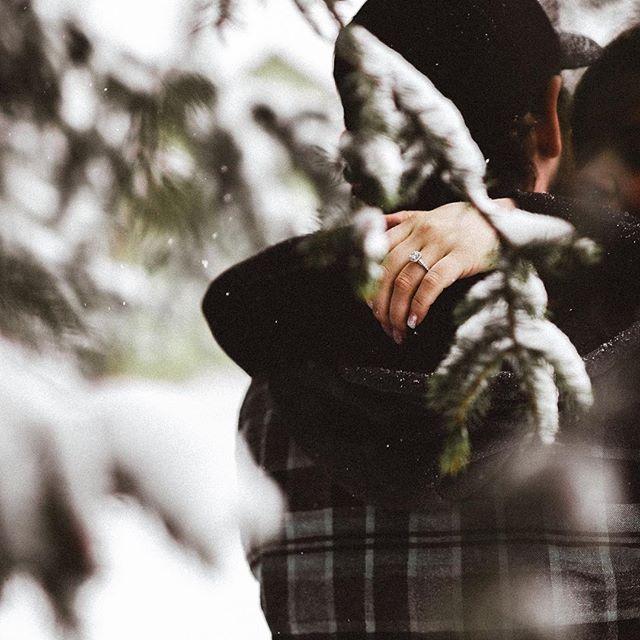 Megan & Cam Winter Engagement Session | @methodphotog