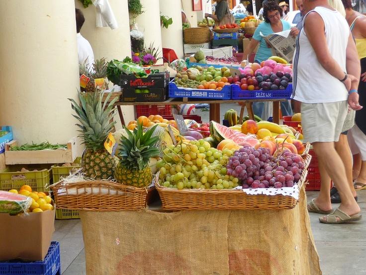 Mercat vell de Vila - great place for some fresh shots