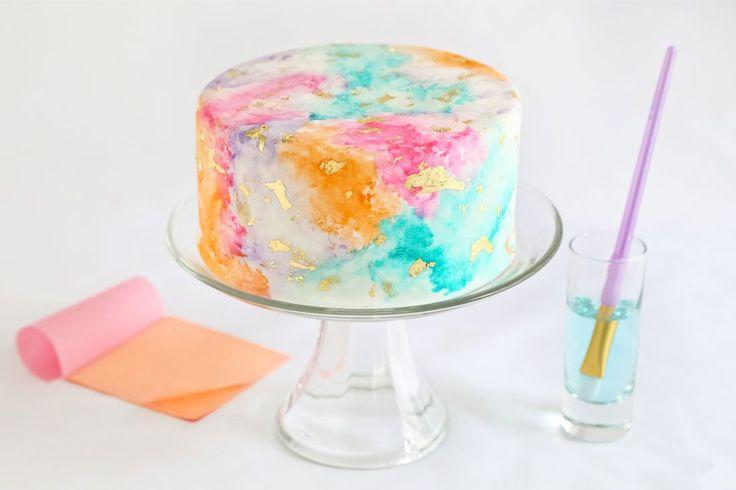 Yummy! Verwen jezelf met deze prachtige aquarel taart (via Bloglovin.com )