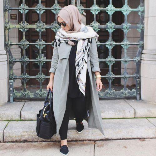 coat style sporty hijab, Sporty hijab street style http://www.justtrendygirls.com/sporty-hijab-street-style/