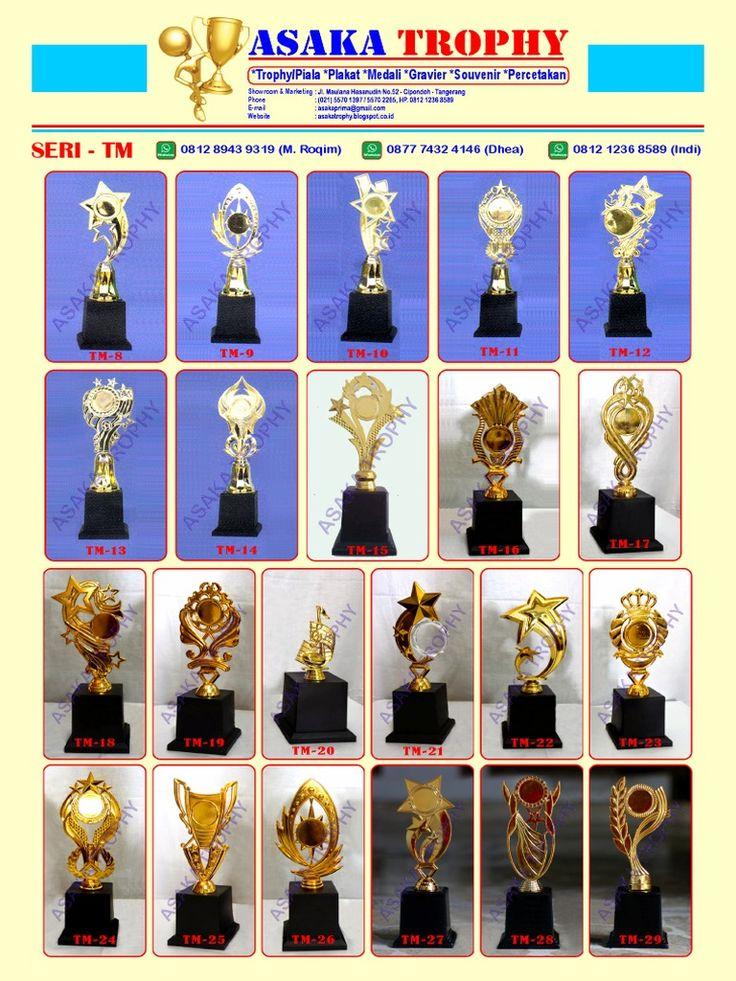 I'm reading Katalog Harga Piala Murah Asaka Trophy 0877.8252.7700 on Scribd
