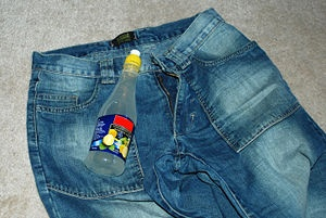 how to fade jeans with lemon juice