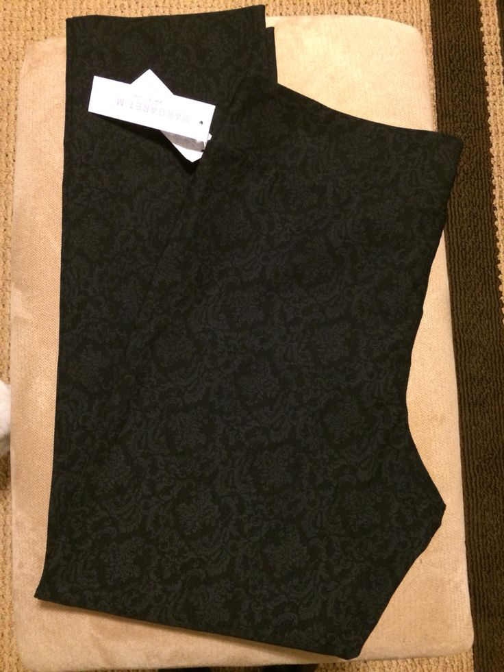 Margaret M, Emer Brocade Cropped Pant. Comfortable and perfect for work! https://www.stitchfix.com/referral/4821777