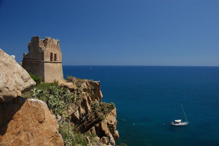 A blissful Mediterranean scene from Il Gabbiano, near Cefalu