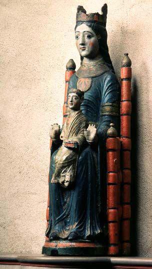 Östergötland, Heda: 9224313 (9224313.jpg). Motiv: madonna. Foto: Lennart Karlsson
