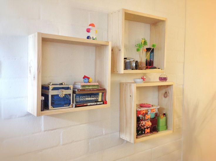 Feliz :) ... Ya están listos mis 3 cubos de madera, en ellos organice mis cosas de trabajo