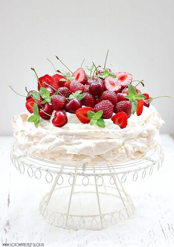 Strawberry and cherry cake