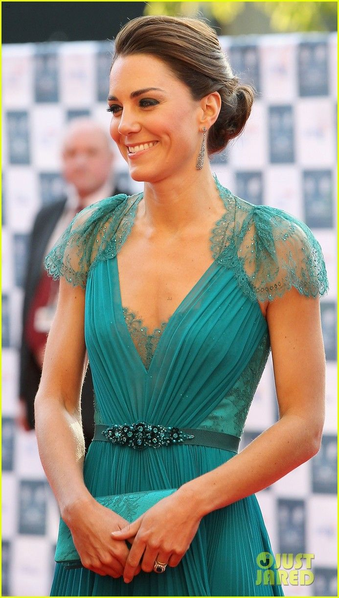 KateFashion, Style, Dresses London, Lace Sleeve, Beautiful, Kate Middleton, Prom Dresses, Formal Gowns, Jenny Packham