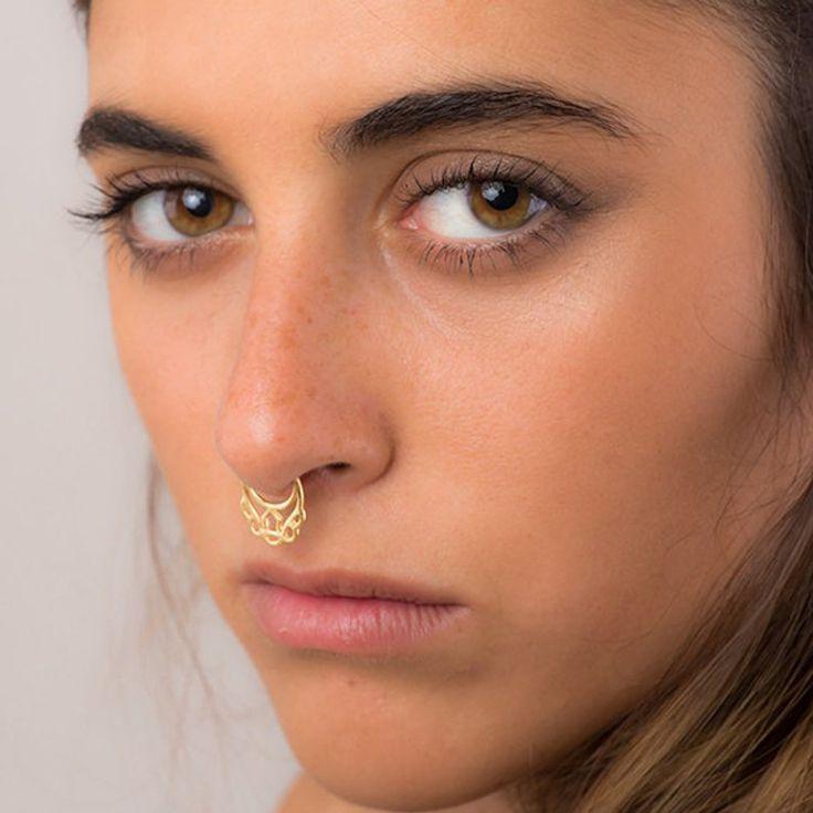 Pin auf Piercing für Frauen