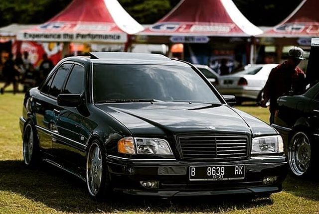 Forsale Mercedes Benz W202 C240 Tahun 2000 Tunner By Amg Automatic Transmission Triptonic 5 Speed Black Inter Mercedes Benz C280 Mercedes Benz Cars Mercedes