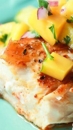 Cajun Mahi Mahi with Mango Pineapple Salsa ~ Pan Seared Cajun Mahi Mahi with a fresh Mango Pineapple Salsa, an easy gluten free recipe that takes 15 minutes to make!