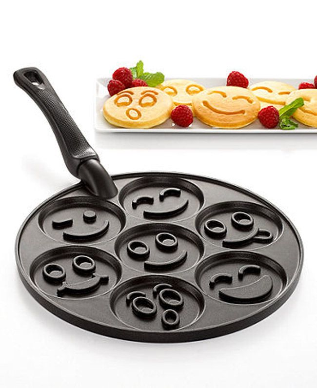 Smiley Face Pancake Pan so somebody can make me breakfast :)