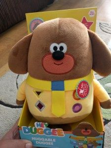 Hey Duggee Toys from Jazwares  I have a confession to make. I enjoy Hey Duggee more than L. Sorry Ive said it. Its true. Whilst he enjoys the show I often have to force him to watch it. I like Hey Duggee on Facebook not for the parenting or crafting tips but for the GIFs and show updates.  Talking Hey Duggee toy  When Jazwares asked if we would like to review some of the toys they have been making I was right onboard. When the toys arrived and L loved them I was very disappointed. I really…