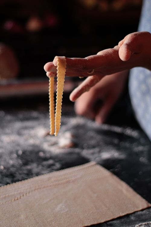 How to make whole wheat pasta (just water + flour) without a machine