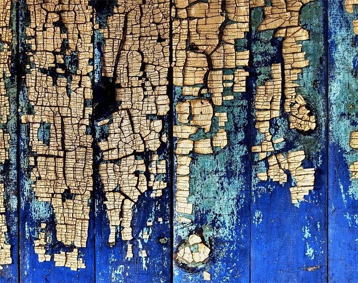 roch cloutier | peeling paint photograph