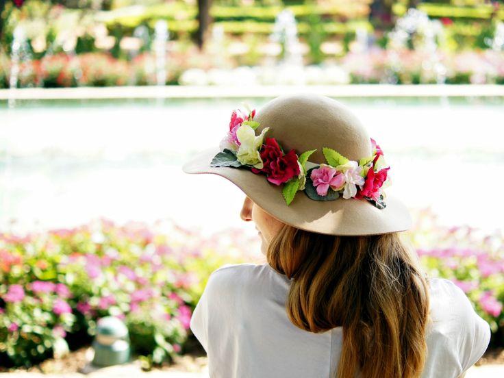 Styling DIY flowers crown 5 - lilmissboho.com