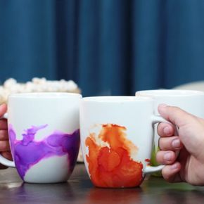 Easy Watercolor Mugs! I want to try this