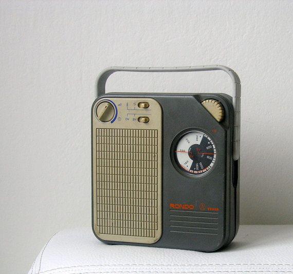 Retro Vintage 1985's Tesla 2834B-1 Rondo Portable Radio